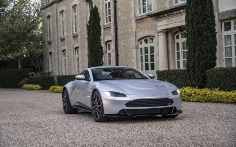Знакомьтесь, Victor: штучный суперкар Aston Martin