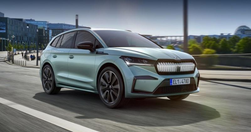 Кросс-купе Škoda Enyaq iV заметили на тестах