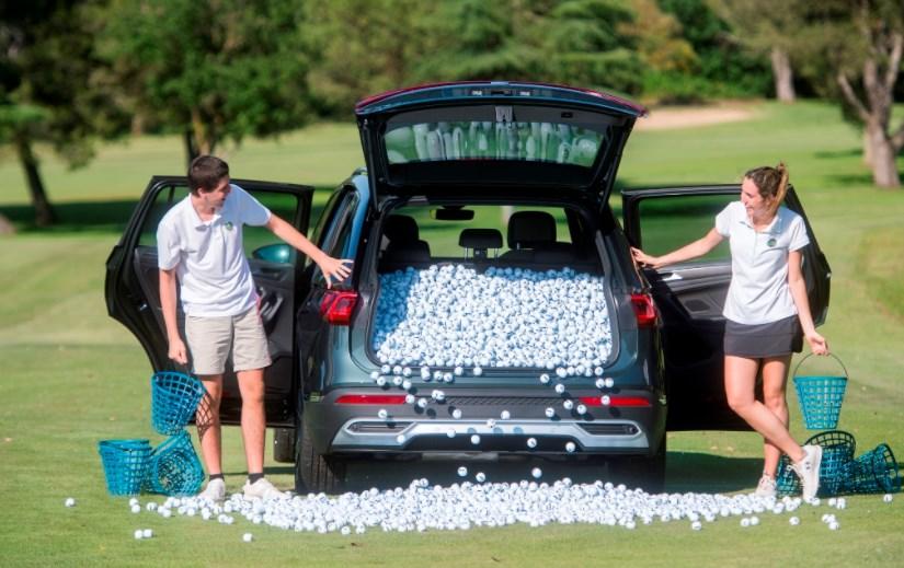 Seat измерил объем багажника кроссовера Tarraco мячами для гольфа